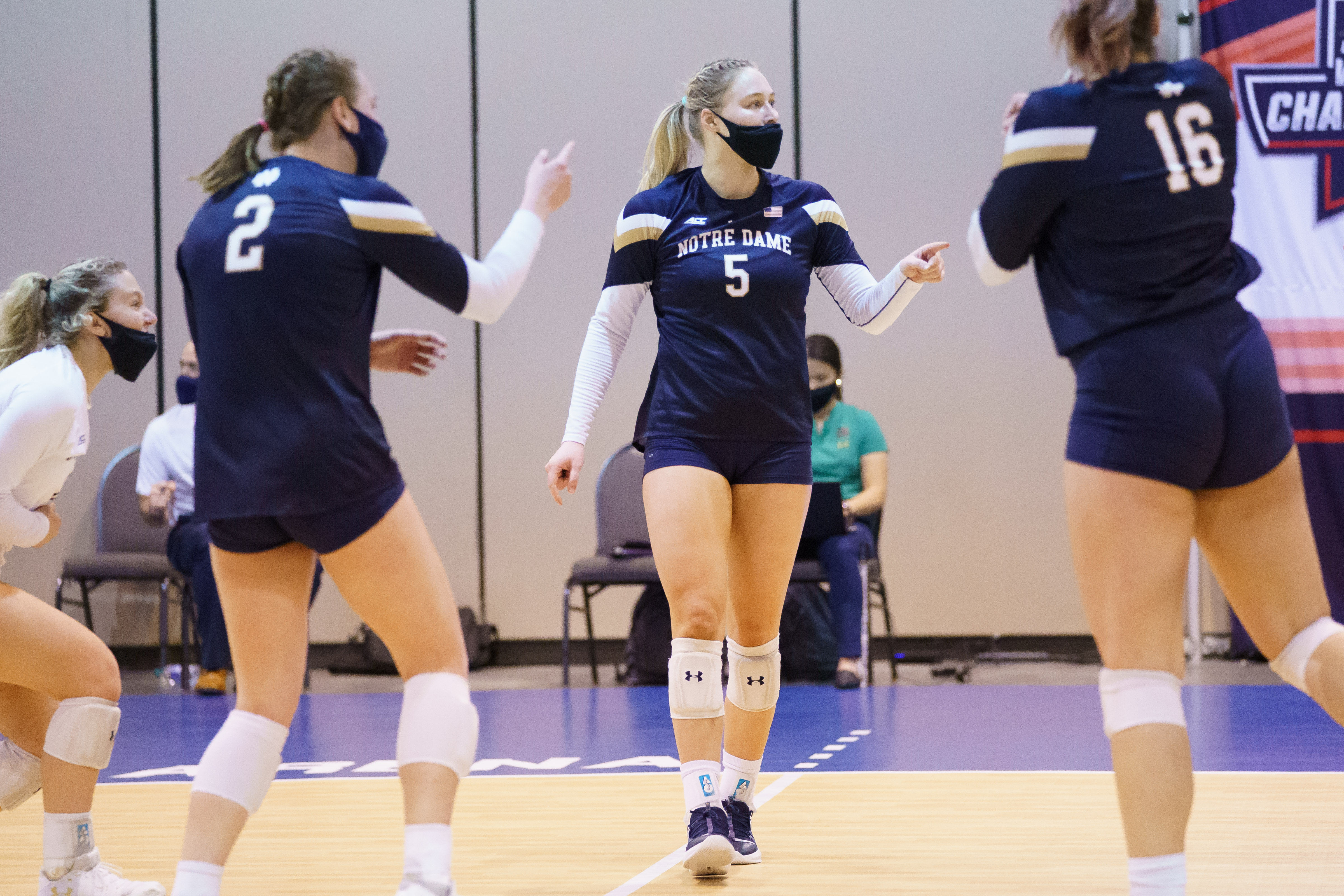 ND Volleyball: Well Rested Ducks, Take Down The Irish